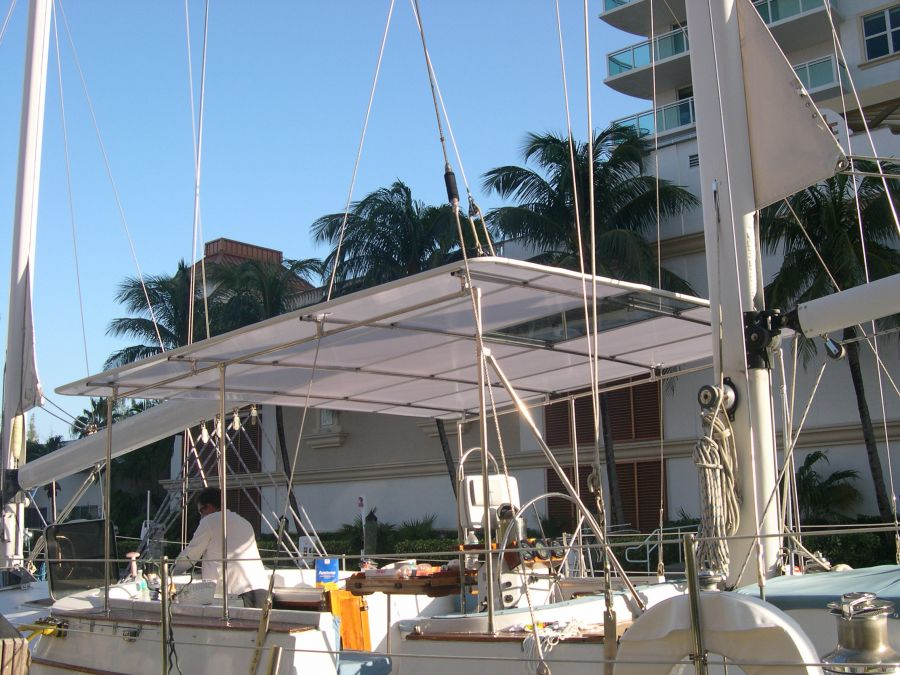 1978   Irwin Sailboat